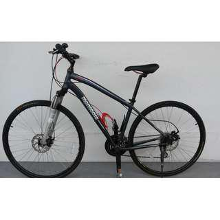 Mongoose hybrid mountain bike bicycle Excellent condition No repairs needed