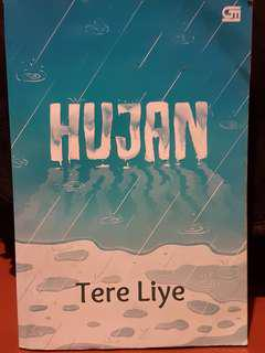 "Novel ""Hujan"" oleh Tere Liye"