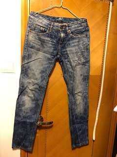 Chevignon 瘦腳 型格 牛仔褲