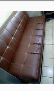 Sofa Bed Kulit Coklat