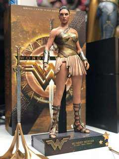 Hot Toys Wonder Woman Training Armour 1/6 MMS424