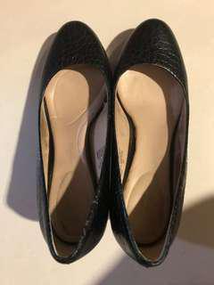 Rockport heels