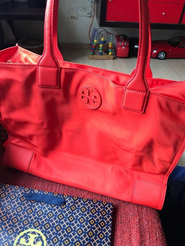 635564e07c2 💯% Authentic Tory Burch Ella packable tote bag