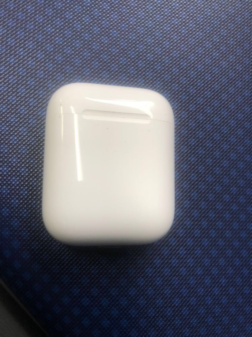 huge selection of 984eb b8fe7 Apple AirPods charging case ONLY