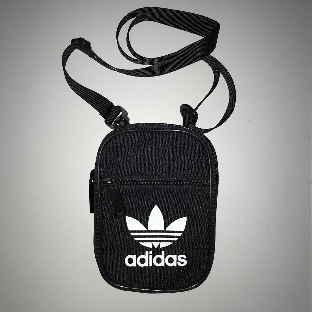 AUTHENTIC  Adidas Logo Trefoil Sling Bag 1a52b238a84f4