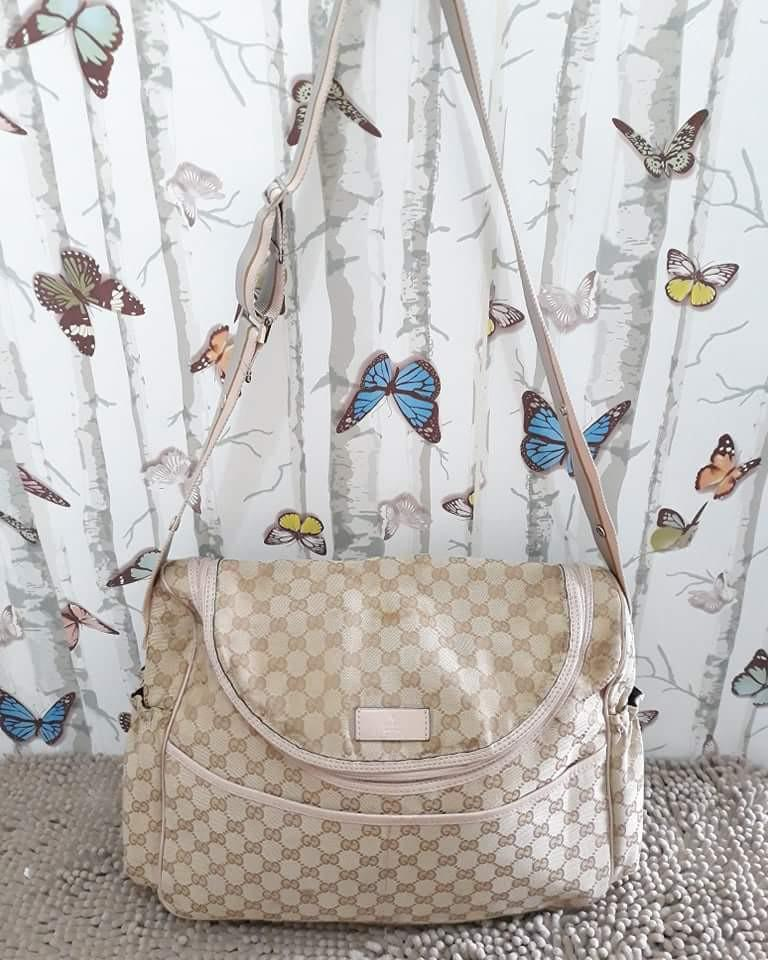135bbf339479 Authentic Gucci messenger diaper bag on Carousell
