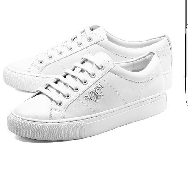15ab6cd63c5052 Authentic Tory Burch Chace Low Top Sneakers