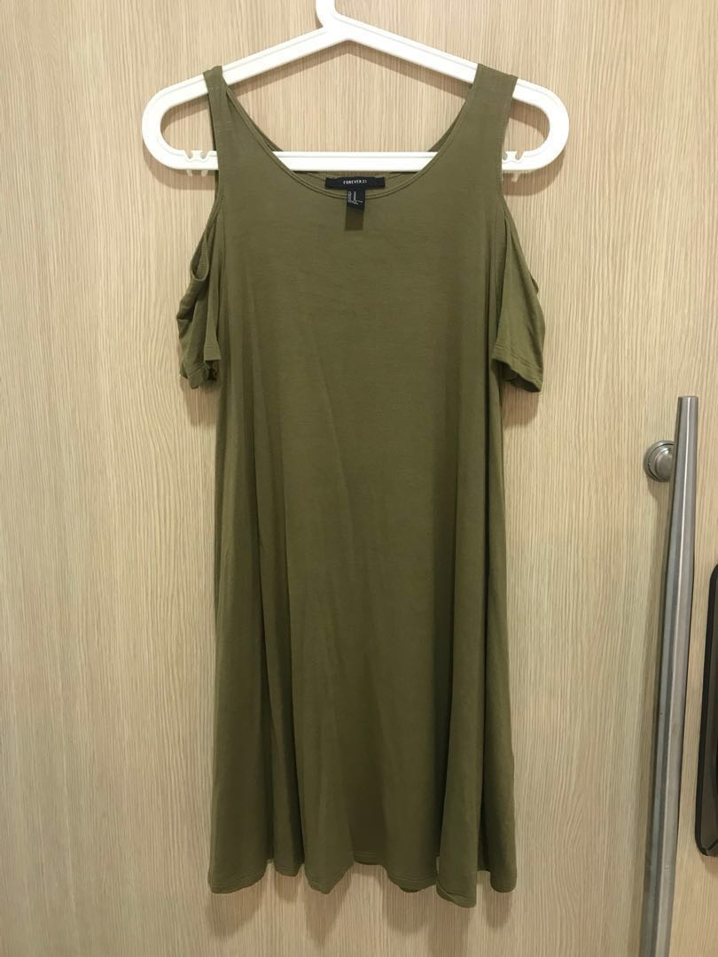 4cf34ff020062 Brand New Forever 21 Cold Shoulder Olive Swing Skater Dress