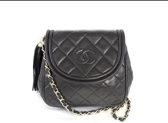 ff87412f5c9 Chanel Vintage Bag, Women s Fashion, Bags   Wallets, Handbags on Carousell