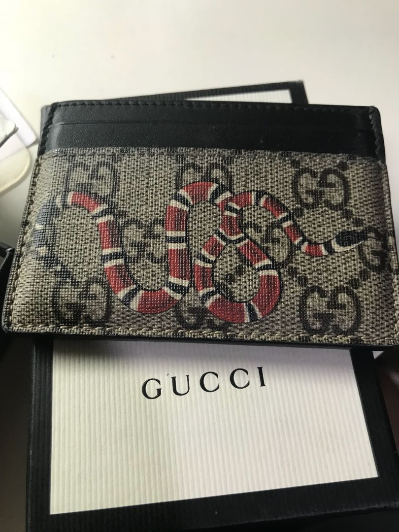 2e689dcd4f76b9 Gucci kingsnake gg supreme card holder wallet lv Louis Vuitton cardholder,  Luxury, Bags & Wallets, Others on Carousell