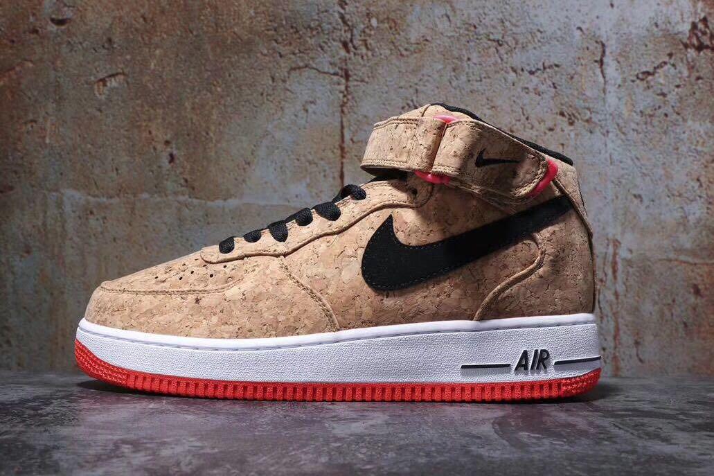 huge discount 774a4 3c3e3 Nike Air Force 1  cork  (copygrade), Fesyen Lelaki, Kasut Lelaki ...