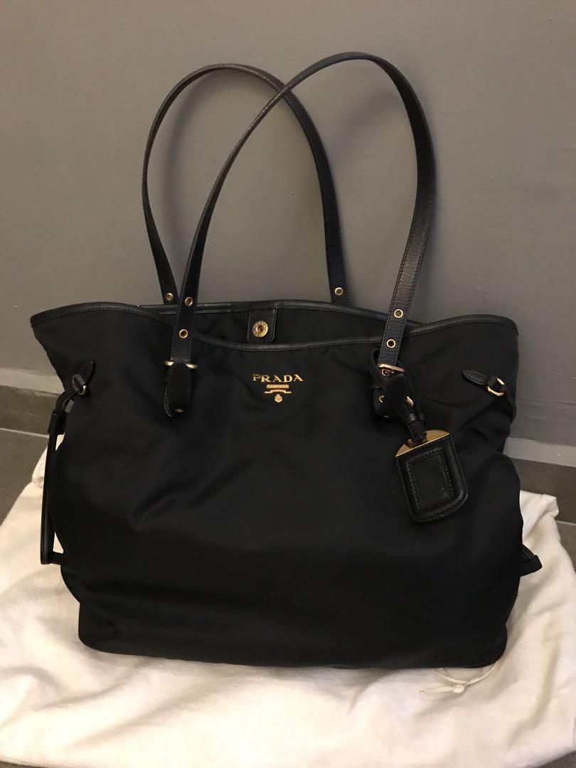 32e8d264bdfc67 Prada Tote Bag, Women's Fashion, Bags & Wallets, Handbags on Carousell