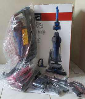UPRIGHT BAGLESS CYCLONIC VACUUM CLEANER