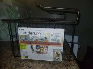Undershelf basket