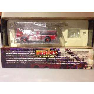 CORGI Heroes Under Fire Seagrave K Open Pumper Cab Pumper Engine Co. 9 Kansas City MO 1:50 Firefighter 消防車
