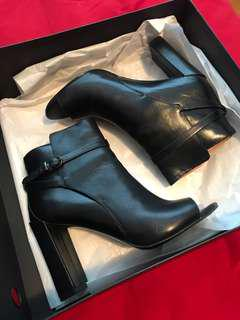 LEATHER OPEN TOE BOOTIES (Size 6)
