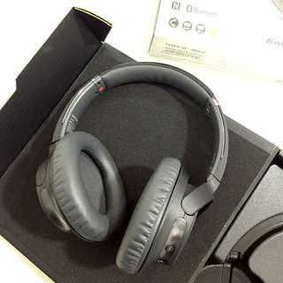 Sony Wireless Noice Cancelling Stereo Headphone