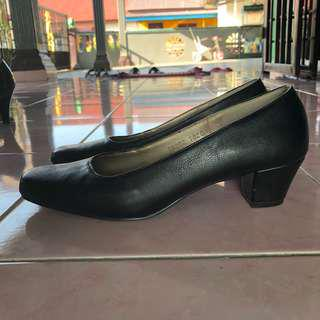 Sembonia Formal Shoes #UNDER90