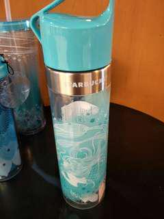 🆕Starbucks waterbottler 20oz swim siren