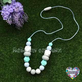 Beads Necklace / Teething Necklace / Mummy Necklace