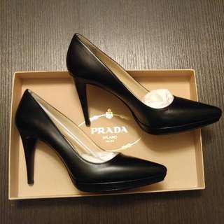 🆕 Prada shoes 38.5
