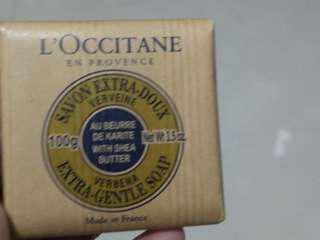 全新, 歐舒丹經典皂(100gr),原價250元 特價一個180元,三個一起帶算450元(都不同香味)