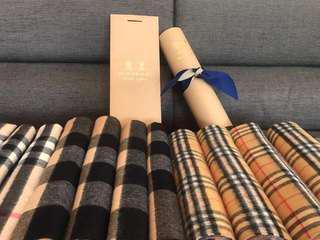 Burberry 經典格紋圍巾 羊毛