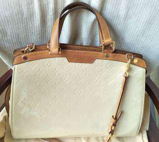 LV brea GM Vernish 2010 with strap and db