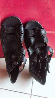 Sandal dari Jerman