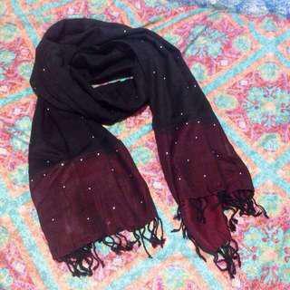 👩🌾民族紅黑閃石薄圍巾