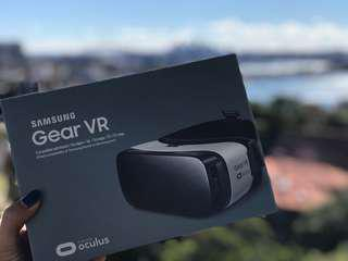 [SEALED] Samsung Gear VR