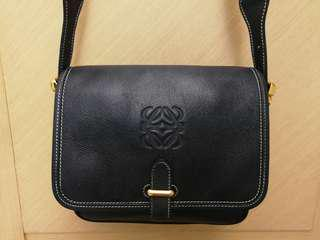 Loewe vintage深藍側揹包