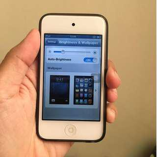iPod Touch Gen 4 8GB (Nego? Chat aja dulu)