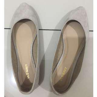 Old Navy Flats nude color preloved