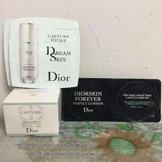 Dior 一套4件 CAPTURE TOTALE  完美活膚美肌乳(升級版)DREAMSKIN ADVANCED 完美活膚水漾氣墊粉底 SPF 50 - PA+++ DREAMSKIN MOIST & PERFECT CUSHION 恆久貼肌氣墊粉底 DIORSKIN FOREVER PERFECT CUSHION