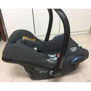 Maxi Cosi Cabriofix (Black) Baby Car Seat