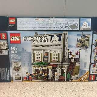 Used Lego 10243 Parisian Restaurant