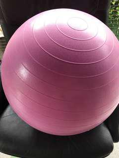 助產瑜伽球