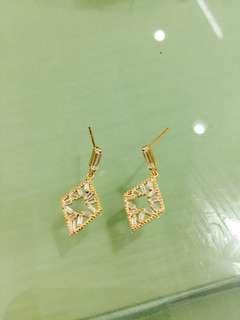 🚚 香港正生銀飾耳環