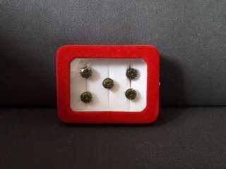 Butang Baju Melayu with Velvet Box (Set of 5 Buttons)