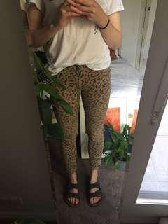 Leopard print ripped jeans