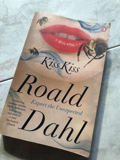 Roald dahl- kiss kiss