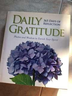Daily gratitude (365 days of reflection)