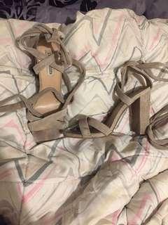 Steve maddan Wrap heels
