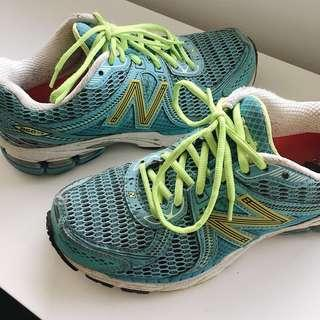 New Balance Running Shoes US 6.5 Women