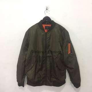 Minimal Fadden Bomber Jacket
