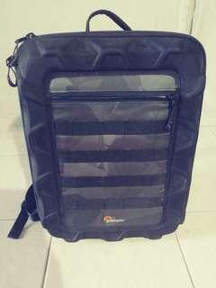 Lowepro cs300 drone bag. Good condition. Pm me if you are interested. Thanks for viewing and have a good day!