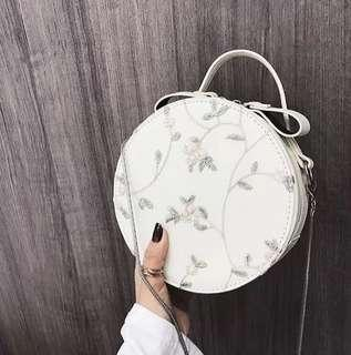 #UNDER90 Floral Embroidery Round Sling Bag