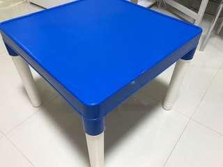 兒童桌子  枱 台 台灣製  table (made in taiwan)