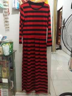 Gamis Stripe Merah Hitam